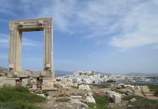 Portara antigo na ilha de Naxos fotografia de stock royalty free
