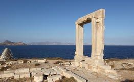 Portara na ilha de Naxos, Grécia Imagem de Stock Royalty Free