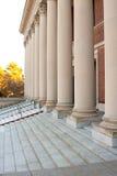 Portas das colunas da entrada da biblioteca de Harvard Fotografia de Stock