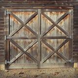 Portas de celeiro rústicas fotografia de stock royalty free