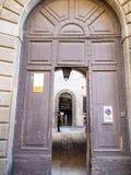 Portas do museu de Donizetti na cidade de Bergamo fotos de stock royalty free