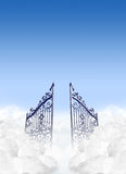 Portas dos céus nas nuvens Fotos de Stock Royalty Free
