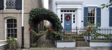 Portas e entradas cênicos, arquitetura original, velha, decorada Imagens de Stock Royalty Free