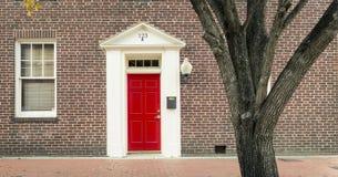 Portas e entradas cênicos, arquitetura original, velha, decorada Imagem de Stock Royalty Free