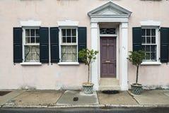 Portas e entradas cênicos, arquitetura original, velha, decorada Fotografia de Stock Royalty Free