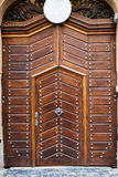 Portas e portas de madeira antigas Imagens de Stock