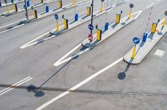 Portas, sinais de estrada, sinais de tráfego Fotografia de Stock