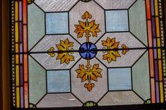 Portas velhas e janelas velhas na cidade velha Imagem de Stock Royalty Free