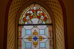 Portas velhas e janelas velhas na cidade velha Fotografia de Stock Royalty Free