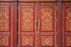 Portas velhas, maciças, de madeira Imagens de Stock