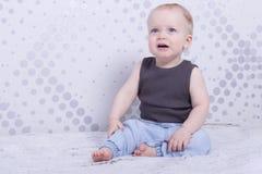 Portatrait плача младенческого мальчика Стоковые Фото