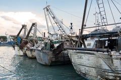 Portchanel av Pescara (Italien) Arkivbild