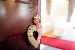 Porte à la cérémonie de mariage Photographie stock libre de droits