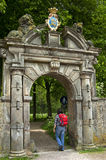 Porte antique d'entrée de maison de campagne Martenastate Photographie stock