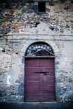 Porte antique du ` s d'établissement vinicole en Toscane 14 Photo stock