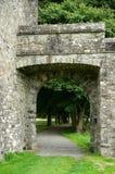 Porte bénédictine d'abbaye au coeur de l'Irlande photo stock