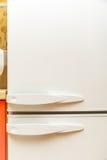 Porte bianche del frigorifero domestico Fotografia Stock