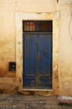 Porte bleue antique Photographie stock
