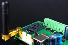 Porte-cartes de SIM en tant qu'élément de communicateur de GSM avec l'antenne Photographie stock libre de droits