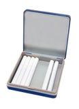 Porte-cigarettes avec des cigarettes image stock