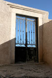 Porte décorative de gril de fer Images libres de droits