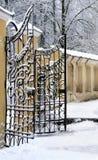 Porte démodée en métal Images libres de droits