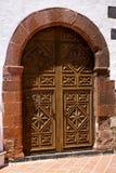porte d'église de canarias de Lanzarote Espagne et abrégé sur blanc mur Photographie stock