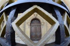 Porte d'église paroissiale de St Publius dans Floriana, Malte photographie stock