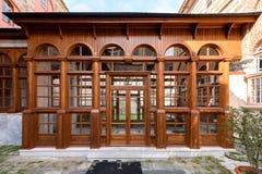 Porte d'un vieux bâtiment photos libres de droits
