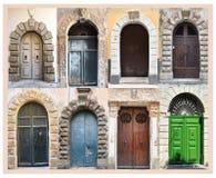 Porte dai vecchi palazzi in Tropea, Calabria fotografia stock