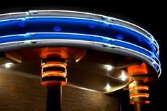 Porte dans le bar de nuit Photographie stock libre de droits