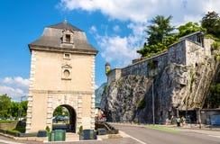 Porte de法国和Jardin des法国皇太子在格勒诺布尔 库存照片