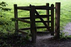 Porte de baiser en bois image libre de droits
