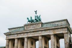 Porte de Brandebourg à Berlin, en Allemagne ou en république Fédérale d'Allemagne Monument architectural au centre historique de  Image libre de droits