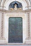Porte de cathédrale d'Orvieto Photo stock