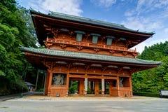 Porte de démon, l'entrée principale antique à Koyasan Mt Koya dedans Image stock
