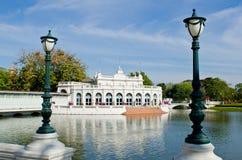 Porte de Devaraj-Kunlai au palais de douleur de coup Photographie stock libre de droits