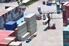 Porte de douane de conteneurs de marchandises Photos stock