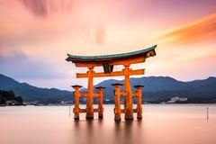 Porte de Miyajima au Japon image stock