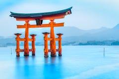 Porte de Miyajima Torii, Japon Photos libres de droits