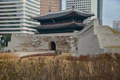 Porte de Namdaemun au jour Image libre de droits