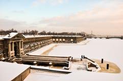 Porte de Neva de la forteresse de Peter et de Paul Photographie stock libre de droits