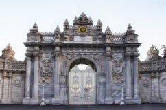 Porte de palais de Dolmabahce Images stock