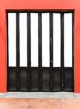 Porte de pliage en bois moderne photos libres de droits