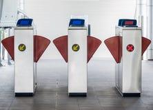 Porte de transport de transport en commun d'entrée et de sortie image libre de droits