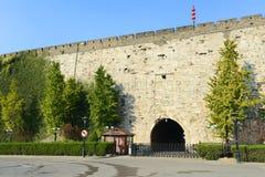 Porte de Zhonghua et horizon de Nanjing, Chine Photos libres de droits