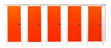 Porte della stalla della toilette isolate su fondo bianco Fotografia Stock