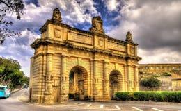 Porte des Bombes, een poort in Valletta Stock Foto's