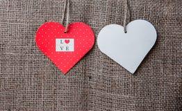 Porte des fruits le coeur de la plaque Photographie stock