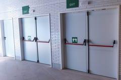 Porte di uscita di sicurezza chiuse Immagine Stock Libera da Diritti
